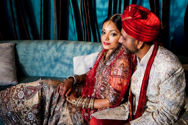Indian bride and groom takes wedding portraits in Atlanta, Georgia.