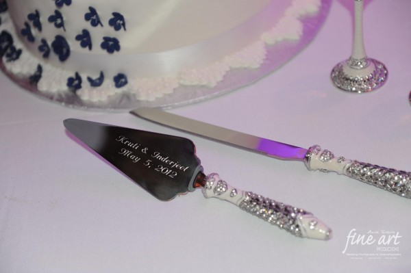 Ideas for indian wedding reception with this custom Indian wedding cake knife.