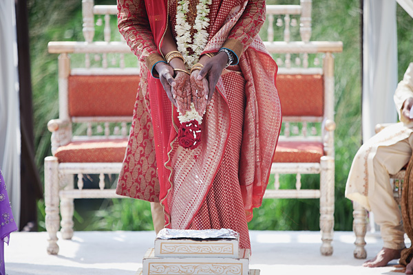 An Indian bride and groom at their outdoor New Jersey Indian wedding.