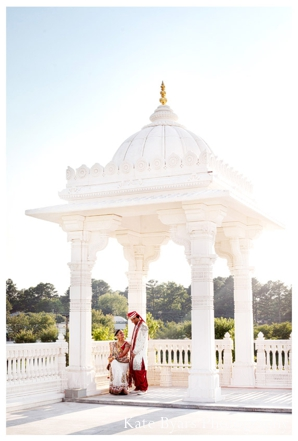 a hindu temple is the indian wedding venue for the atlanta, georgia wedding.