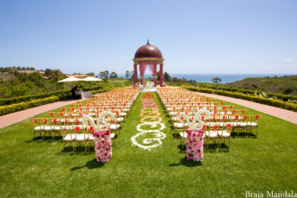 Indian wedding ceremony ideas for outdoor wedding.