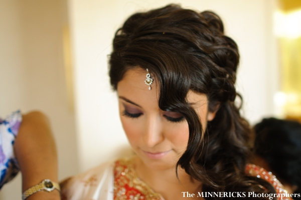 Indian bridal hair and makeup ideas at this Dallas Indian wedding.