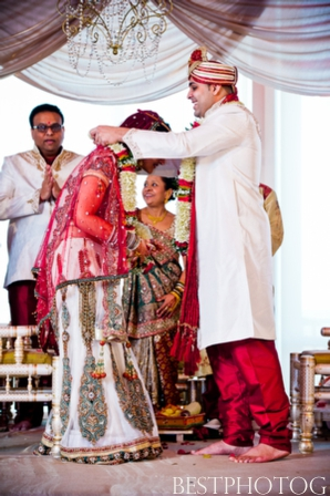 Indian wedding ideas at this modern Indian wedding ceremony.