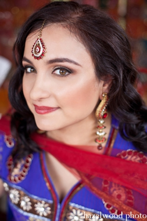 Indian wedding makeup and Indian bridal jewelry ideas.