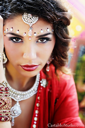 Hair and makeup ideas for vintage style indian bride