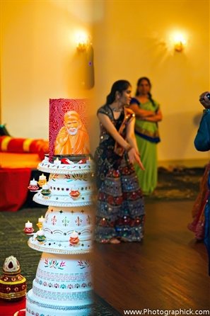 Indian wedding decor ideas for a garba party.