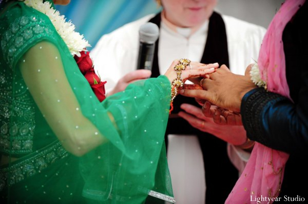 Indian bride and groom wed in a hindu indian wedding.