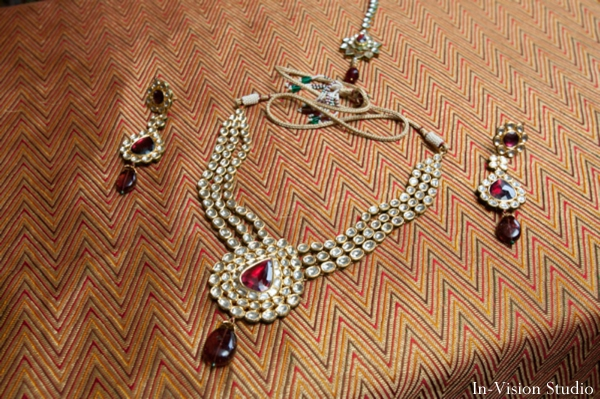 indian bridal wedding jewelry in gold and ruby