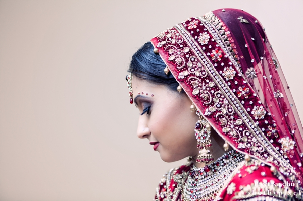 indian bridal hair and makeup ideas for indian wedding ceremony.