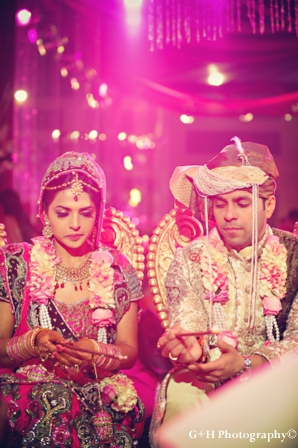 Indian wedding photography with indian bride and groom