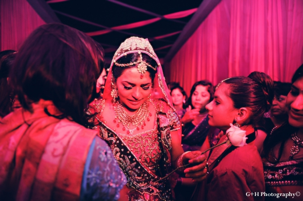 Indian bride cries at her indian wedding ceremony