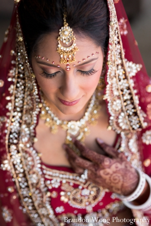 Indian bridal jewelry set with makeup ideas for Indian bride