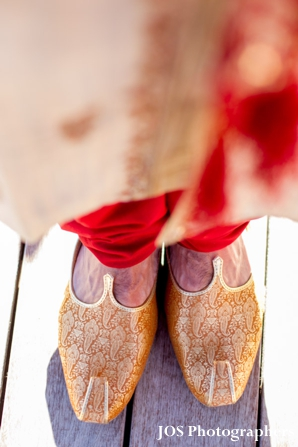traditional indian wedding shoes for an indian groom