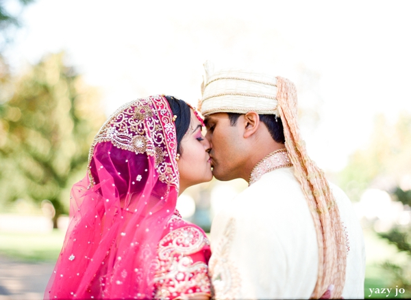Indian wedding photos ideas for an indian bride and groom