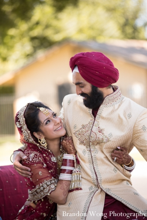 Indian wedding photography ideas with indian bride and groom
