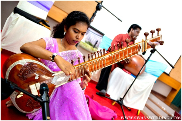 live sitar player as entertainment at indian wedding reception
