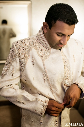 Indian groom wears traditional indian groom's clothing