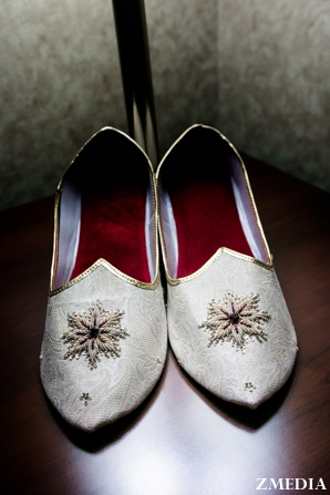 Traditional grooms shoes for indian wedding ceremony
