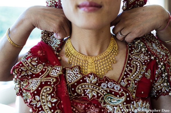 Indian bridal jewelry set for fusion indian wedding.