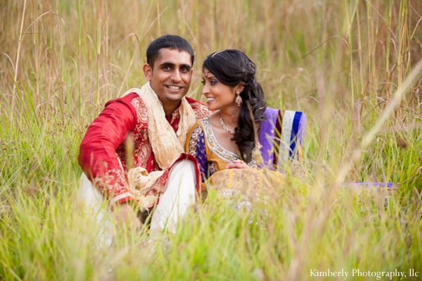 Wedding photo ideas for indian bride and groom
