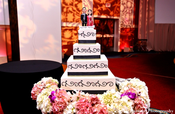 Indian wedding cake ideas for modern indian bride and groom with fresh flowers