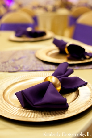 Ideas for tablesetting in purple and gold colors