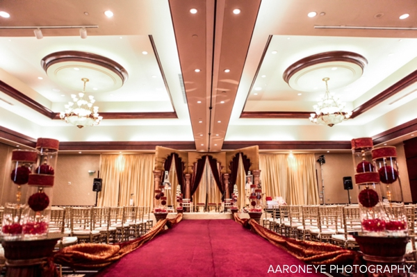 indian wedding decor ideas at indian wedding ceremony
