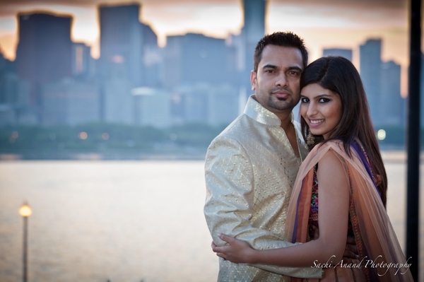 indian-wedding-bride-groom-outdoors-ideas