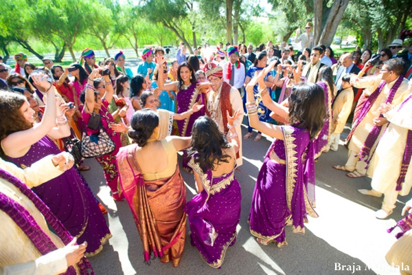 indian-wedding-celebration-dancing