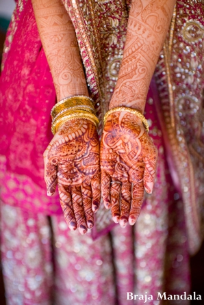 indian-wedding-lengha-henna-hands