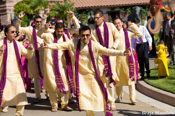 indian-wedding-outdoor-baraat-celebration